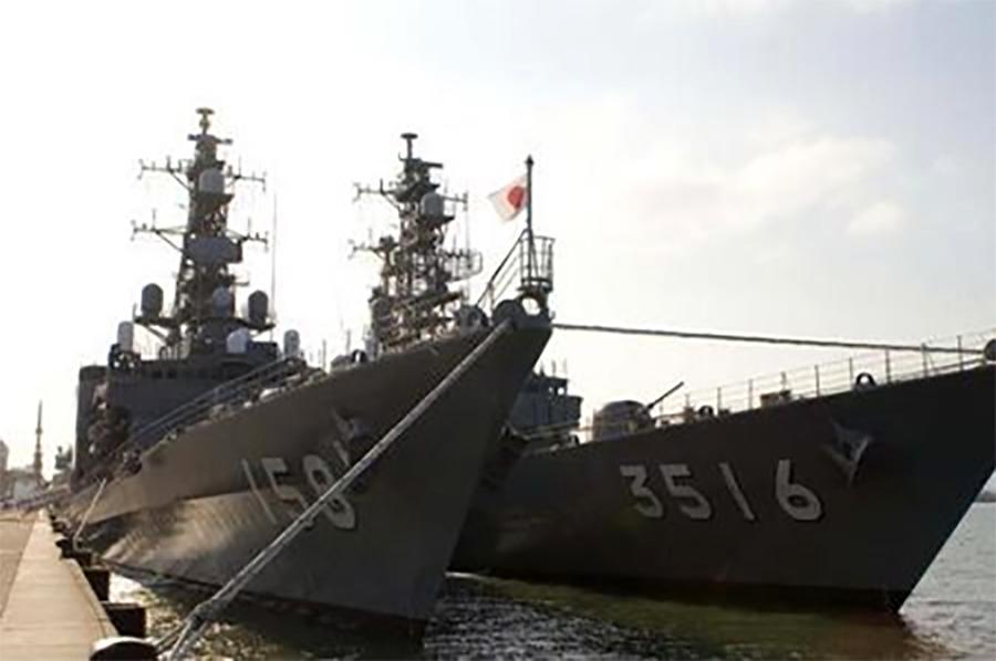 "Kashima, ""Asagiri"" and ""Umigiri"